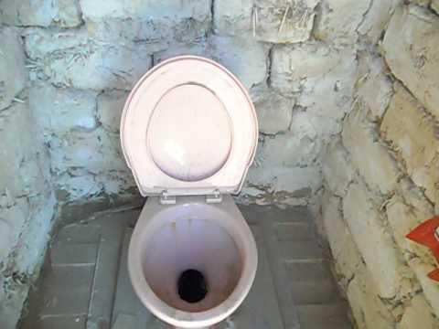 Унитаз в уличный туалет