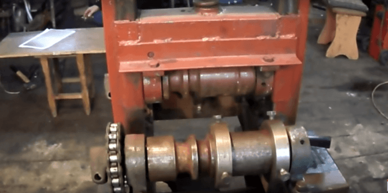 Монтаж центрального роликого механизма