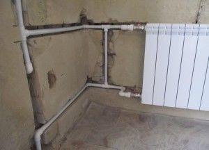 Фото: Спрятать трубы отопления в стене