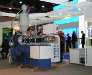 Фото - станок для производства труб из ПНД для водоснабжения