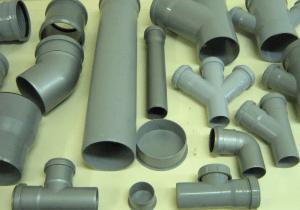 Фото: Сантехнические трубы и переходники ПВХ для канализации