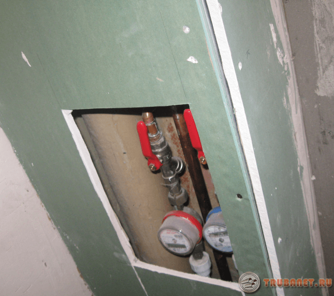 Фото: скрыть водопровод в ванной комнате гипсокартонном