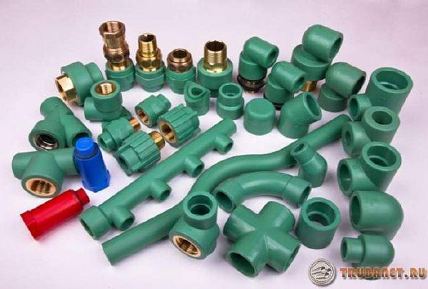 фото: фитинги для пп трубок для отопления