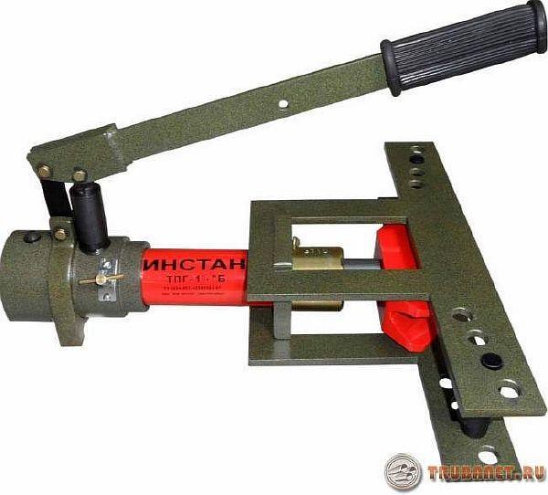 фото: гидровлическое приспособление для гибки труб