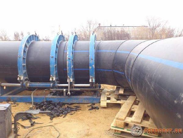 фото: монтаж и сварка пластикового трубопровода