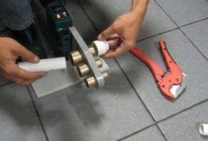 Фото – паяльник для трубопровода из полипропилена