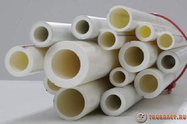 фото: Какие полипропиленовые трубопрокатные материалы лучше для отопления