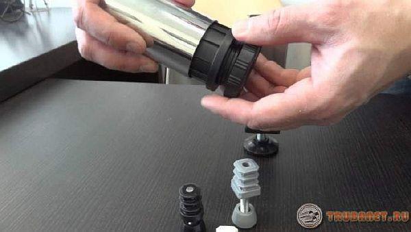 фото: Заглушка для труб стальных, пластиковых