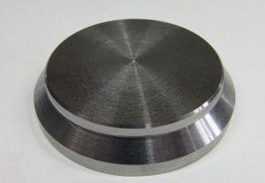 фото: плоская пробка для трубопроводов из металла