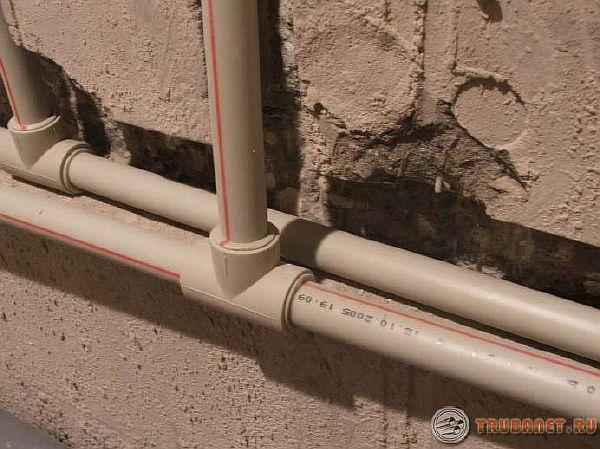 фото: полипропиленовые трубы для горячей воды