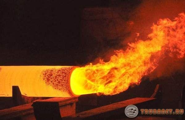 Фото: изготовление стальных труб