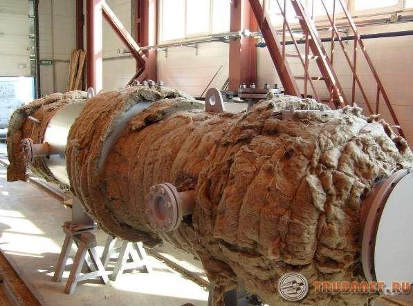 Фото: тепловая изоляция оборудования и трубопроводов