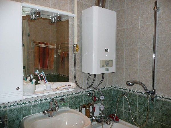 Фото: нагреватель в ванной