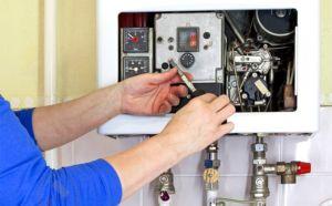 Фото: установка агрегата для нагрева воды