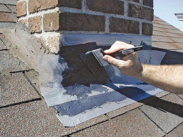 Фото: дополнительное усиление цементной изоляции термогерметиком