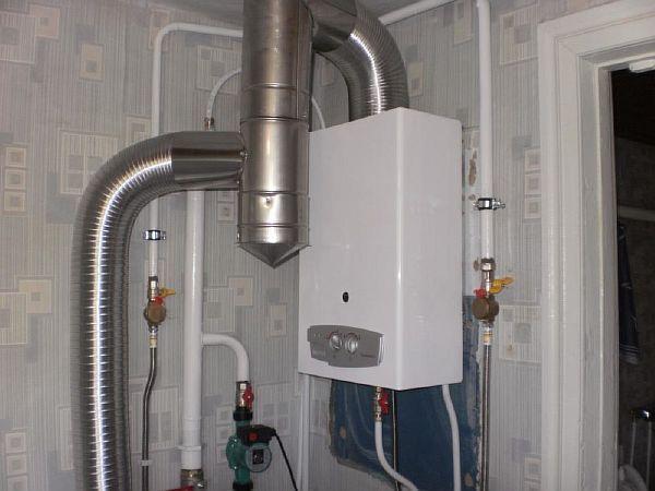 Фото - подключение настенного газового котла гофрой