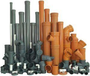 Фото – пластиковые канализационные трубки и фитинги к ним