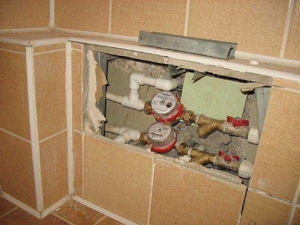 Фото – правильная установка водомеров в квартире