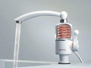 Фото – вариант исполнения проточного водонагревателя с механически управлением