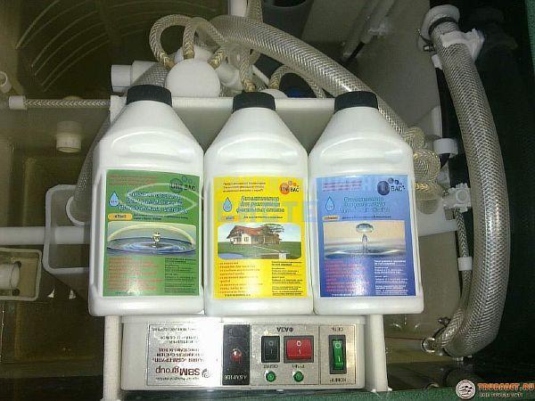 Фото – средства для обработки фекальных стоков в септиках