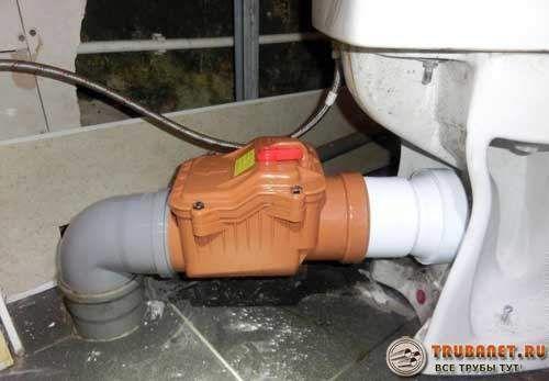 Фото – клапан часто устанавливается рядом с сантехникой