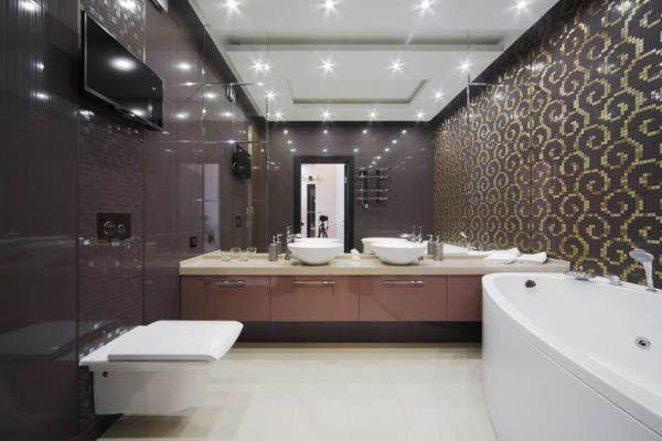 Фото – оформление большой туалетной комнаты