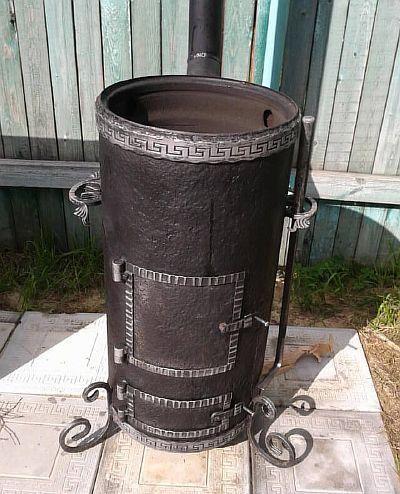 Фото — Вариант круглой печи из трубы