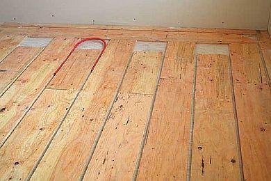 Какой выбрать тип теплого пола под ламинат на деревянный пол и произвести монтаж