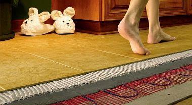 Фото — Электрический тёплый пол на деревянный пол