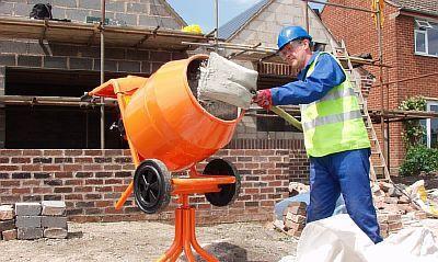 Фото — Приготовление цементно-бетонной смеси
