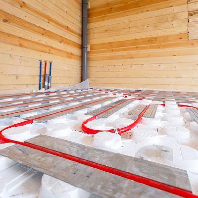 Фото — Тёплый водяной пол с теплоизоляционными матами