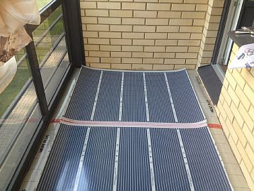 Фото — Инфракрасная плёнка на балконе