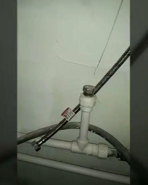 Фото - Врезка тройника в водопровод